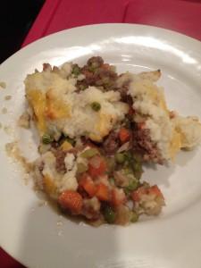 paleo shepherd's pie with cauliflower mashed potato topping